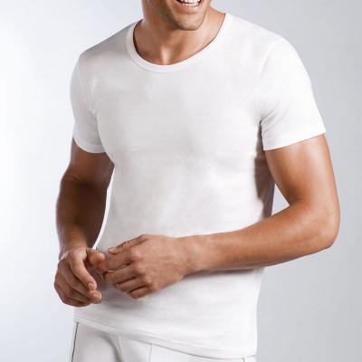 Мужская хлопковая футболка с круглым вырезом горловины