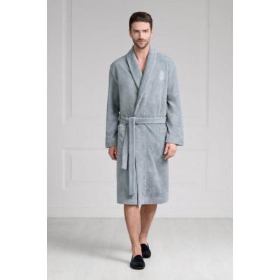Классический мужской халат средней длины из мягкой плюшевой ткани