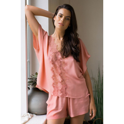 Легкая пижама из вискозной ткани