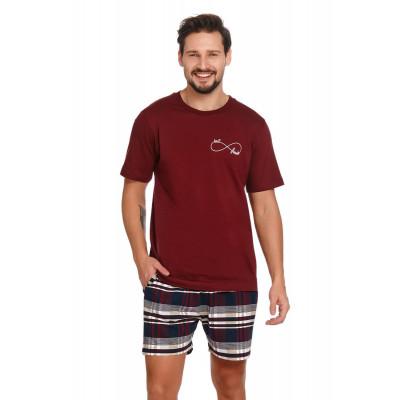Мужская пижама с принтом на шортах